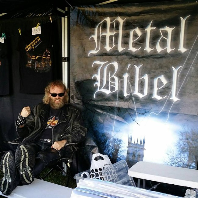 Bible Metal 019